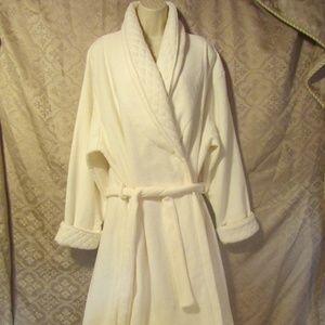 Creamy Ivory Robe Women Size Large